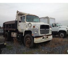 1989 Ford Dump Truck