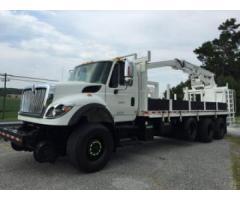 2008 INTL 7600 Hy-Rail Material Truck