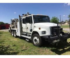 2002 FREIGHTLINER FL80 KNUCKLE BOOM CRANE WITH RAILGEAR